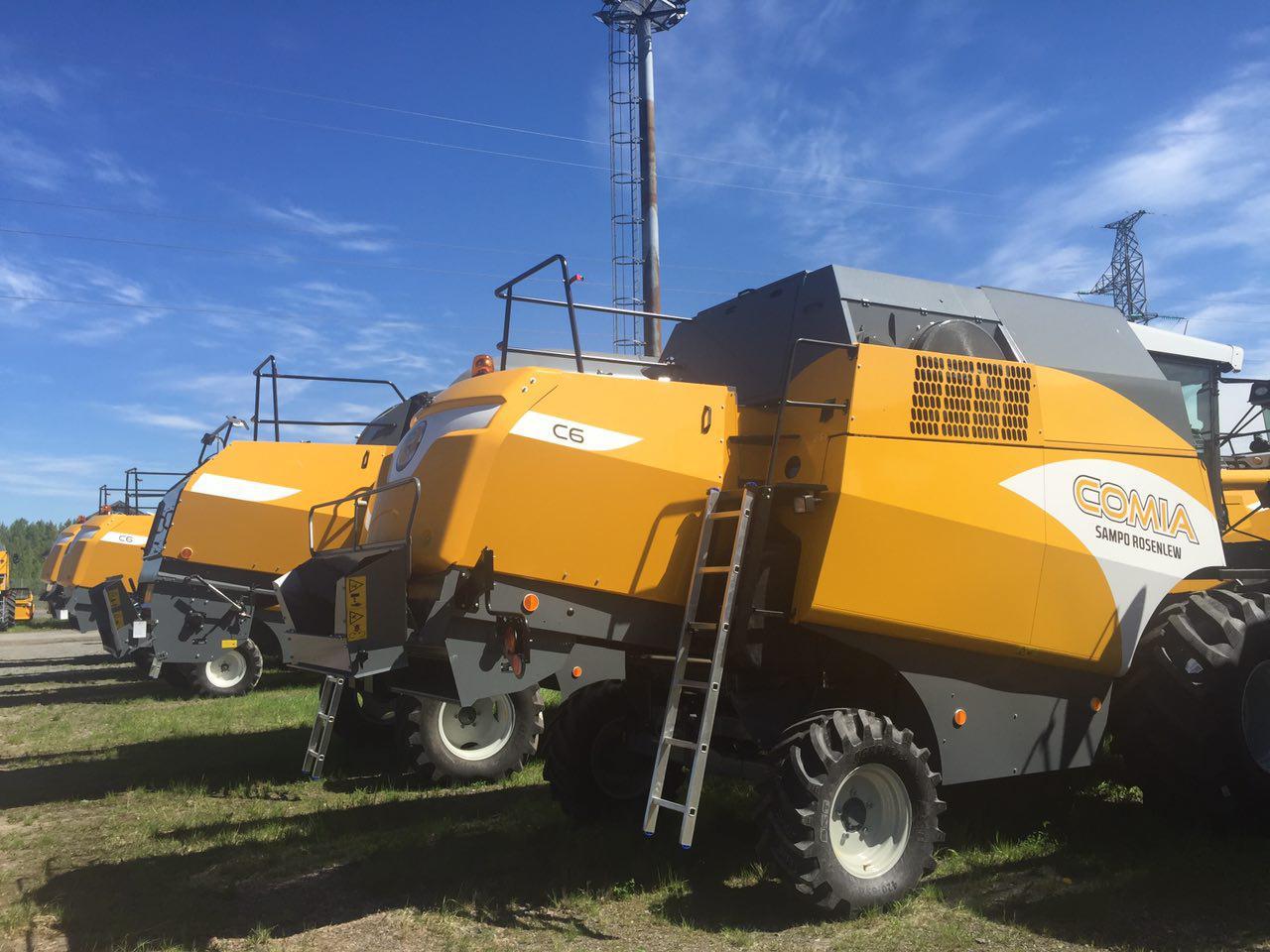 Зернозбиральні комбайни для українських полів