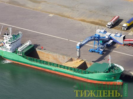 Минулого тижня морпорти України скоротили відвантаження зерна на експорт
